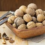 Walnut may benefit heart and gut